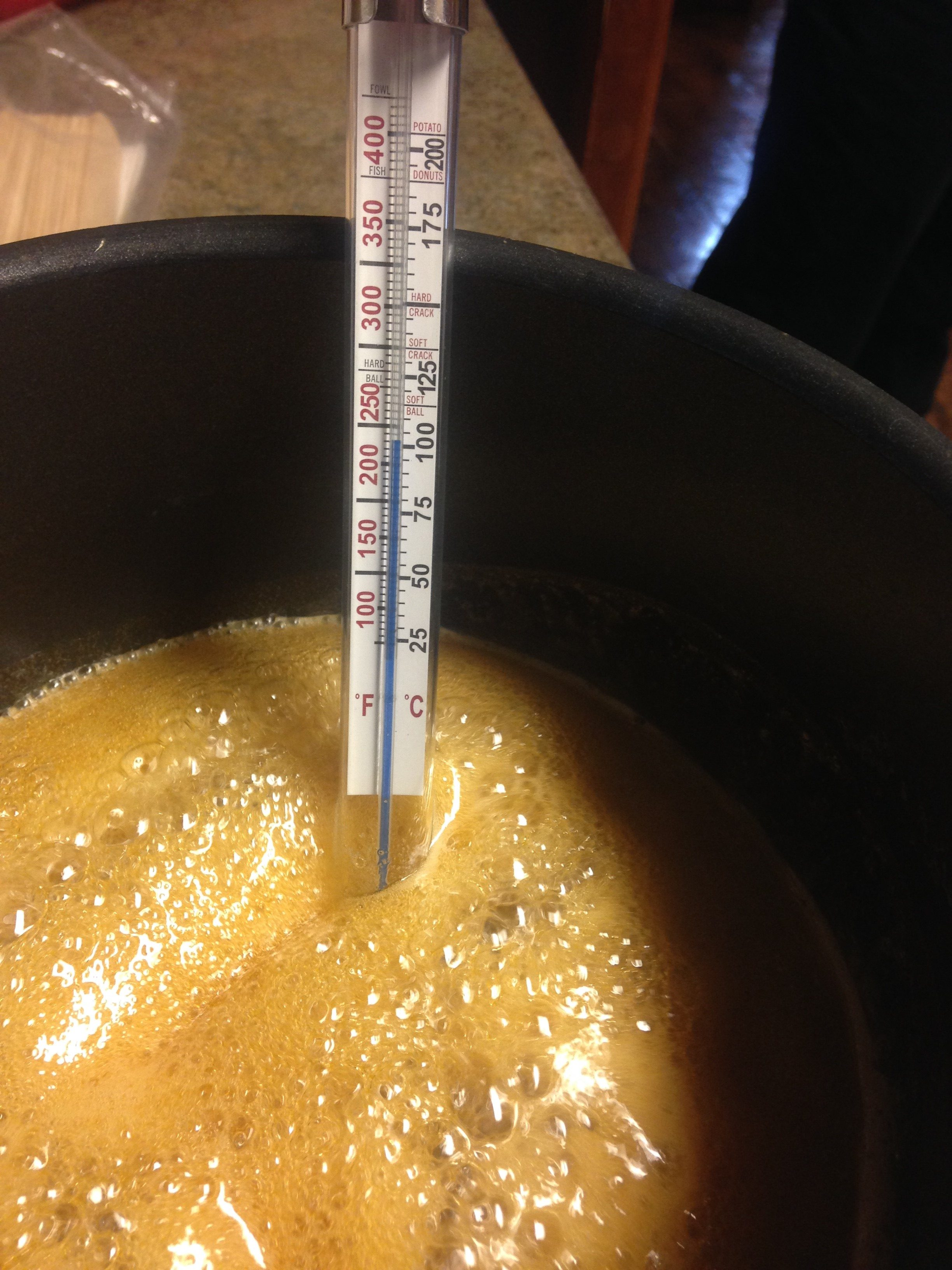 recipe: maple taffy without snow [32]