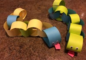 Photo of paper chain snakes